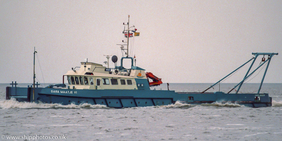 Sara Maatje VI pictured on the River Mersey on 20th May 2000