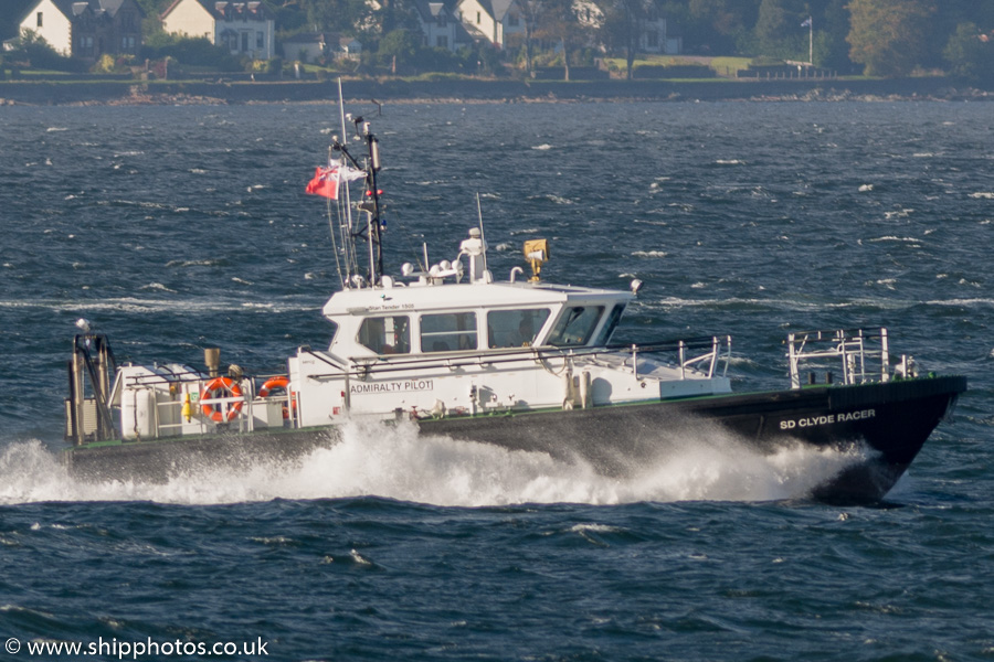 SD Clyde Racer pictured passing Gourock on 6th October 2016