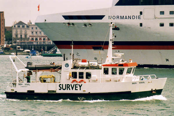 Sea Vigil pictured in Portsmouth on 8th June 2000