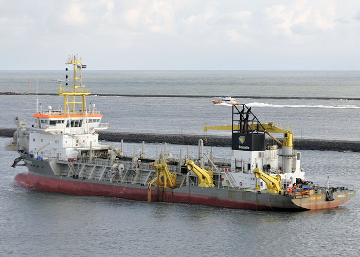 Shoreway pictured at Europoort on 24th June 2011