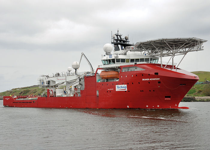 Skandi Achiever pictured arriving at Aberdeen on 15th May 2013