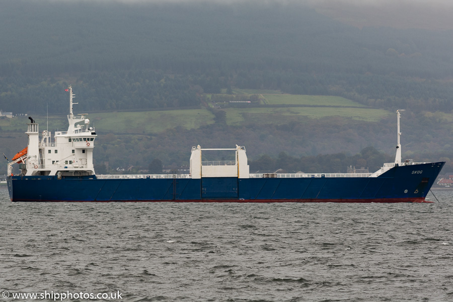 Skog pictured at anchor at the Tail o' the Bank, Greenock on 11th October 2016