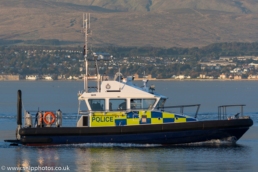 Skye pictured passing Greenock on 9th October 2016