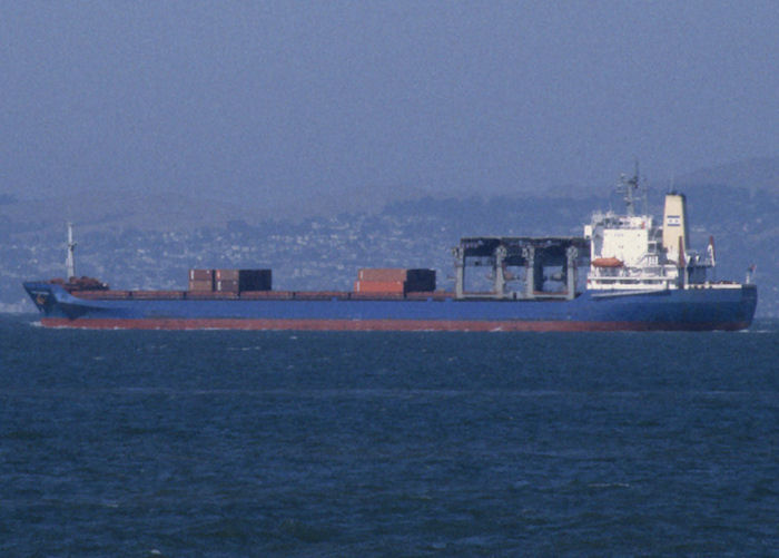 Star Drivanger pictured departing San Francisco Bay on 13th September 1994