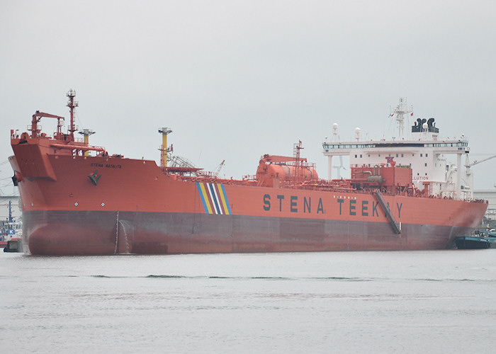 Stena Natalita pictured in 4e Petroleumhaven, Europoort on 26th June 2011
