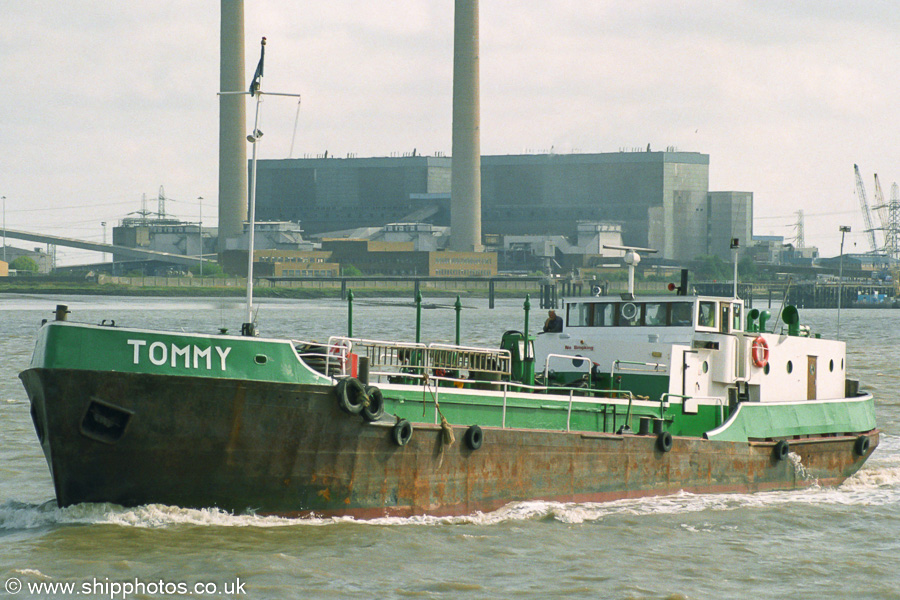 Tommy pictured at Gravesend on 16th August 2003