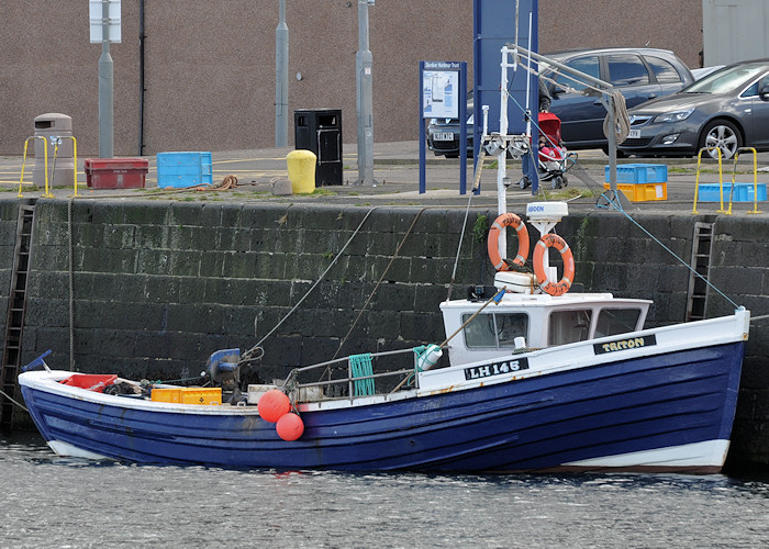 Triton pictured at Dunbar on 18th September 2012