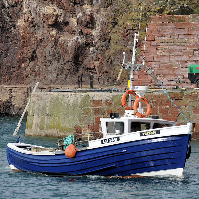 Triton pictured arriving at Dunbar on 17th September 2013