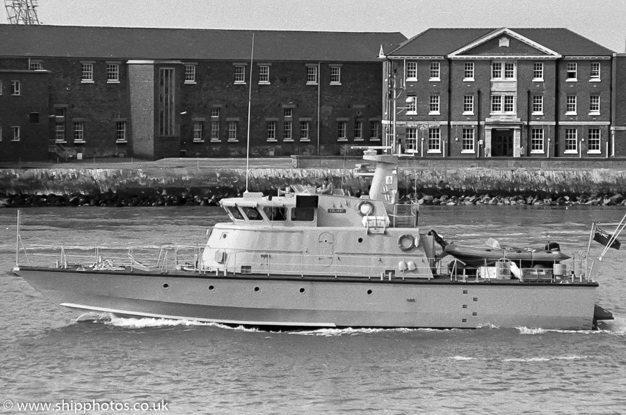 Valiant pictured departing Portsmouth Harbour on 25th March 1989